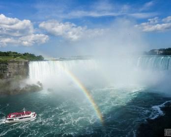 Niagara Falls day trip | www.rtwgirl.com