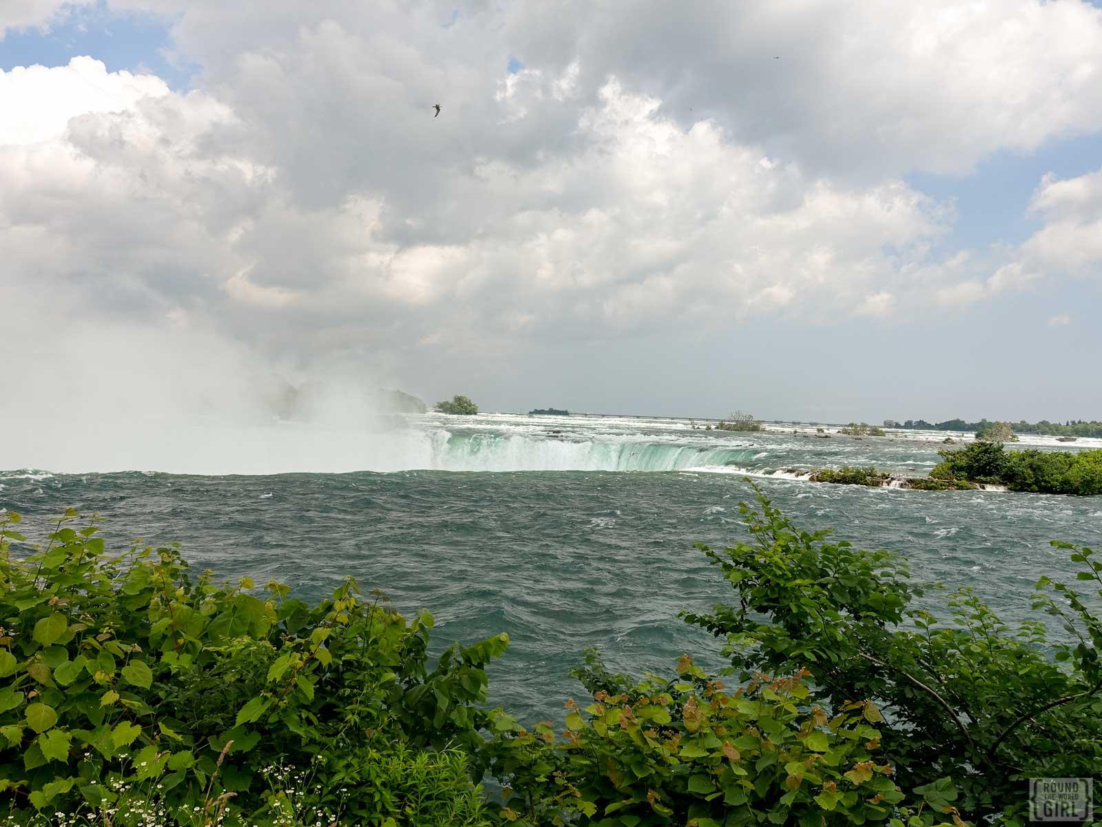 Niagara Falls | www.rtwgirl.com