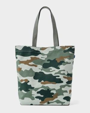 Baggu Canvas Shopper | www.rtwgirl.com