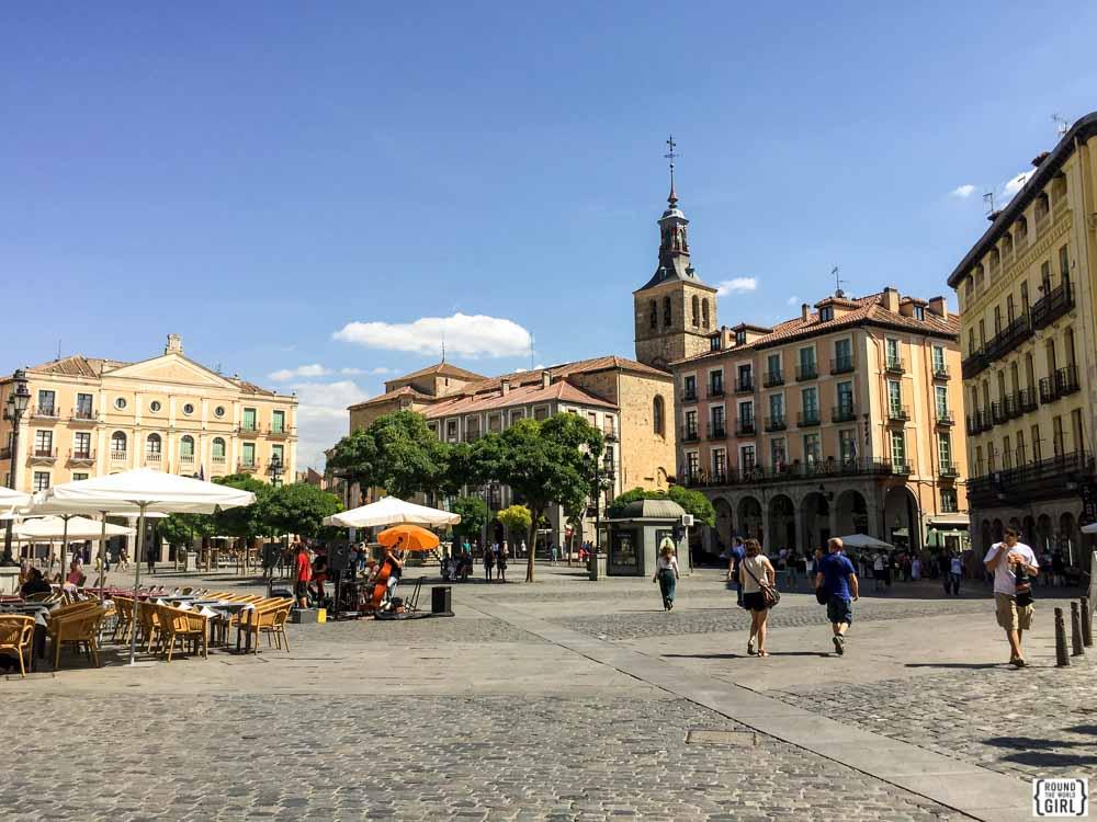 Segovia's Plaza Mayor | www.rtwgirl.com