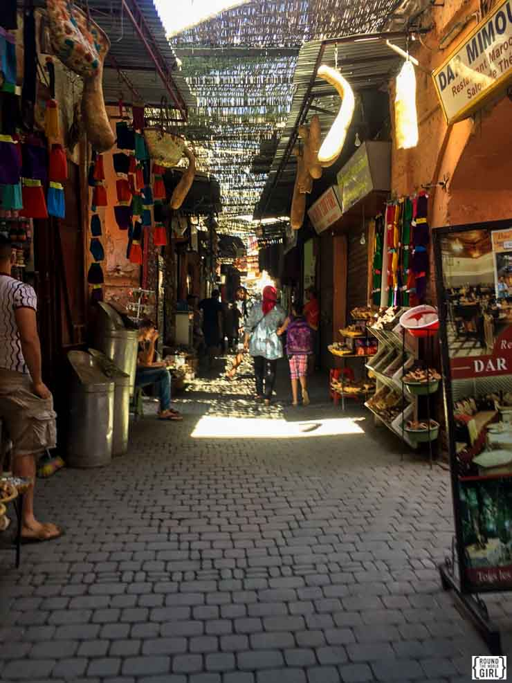 Exploring Marrakech Medina | www.rtwgirl.com