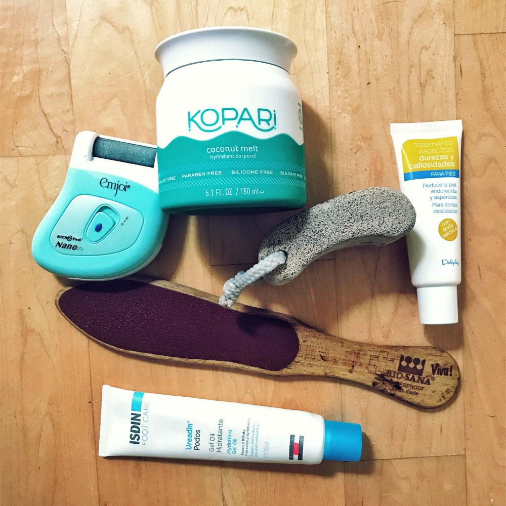 Smooth Feet: How To Get Your Feet In Summer Sandal Shape   www.rtwgirl.com