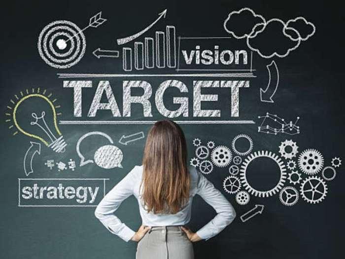 Buat strategi marketing - Yakin Mau Jadi Fulltime Freelancer? - www.logique.co.id
