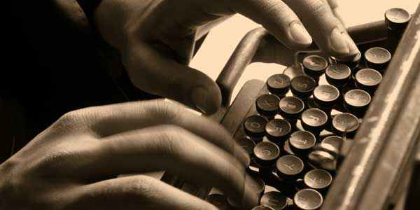 Belajar Menulis Tulisan yang Mampu Membuai Pembaca