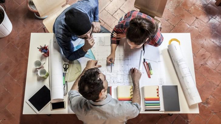 Jika klienmu punya batas budget tertentu: per proyek.
