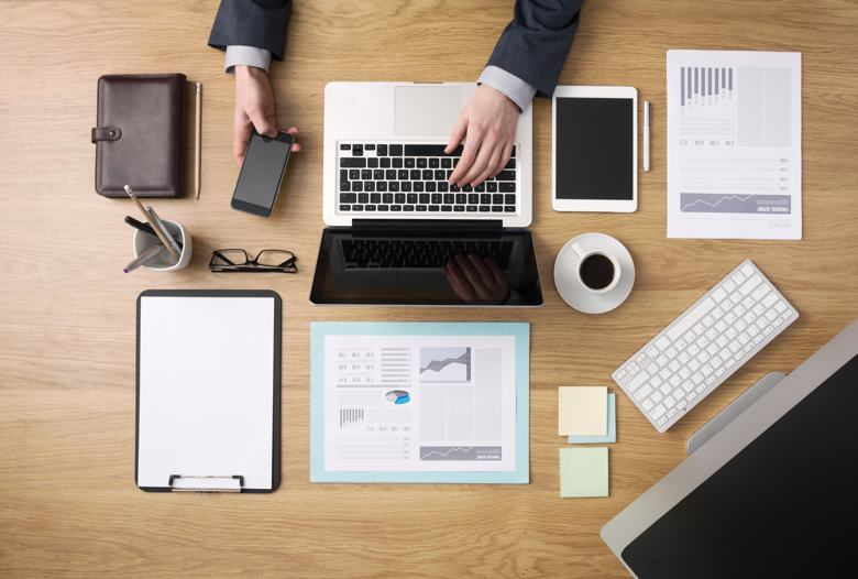 10 hacks to keep your Office Work Space Clean and Tidy