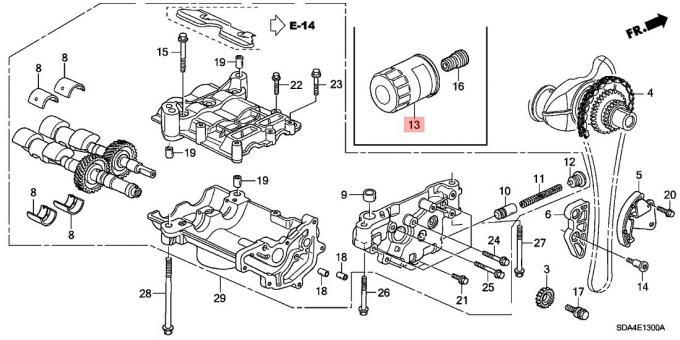 15400 PLM A01 Car Engine Filter 15400 PLC 004 Oil Filter