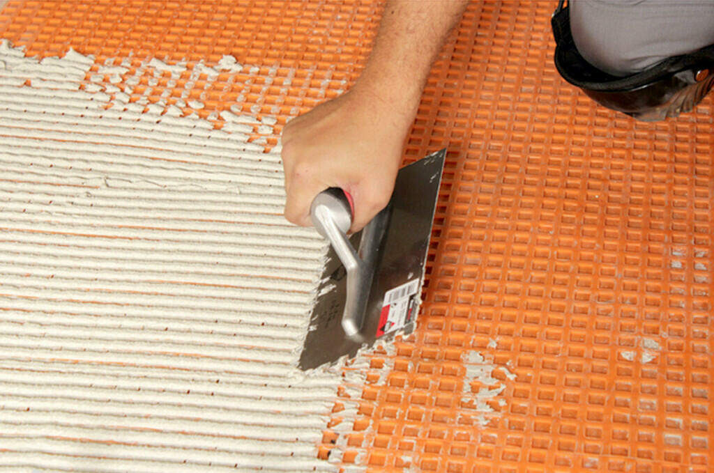 choosing the right tile trowel size