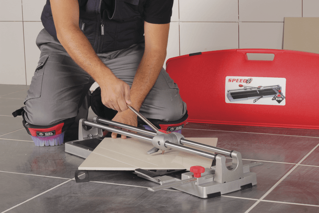 10 must have tile installation tools
