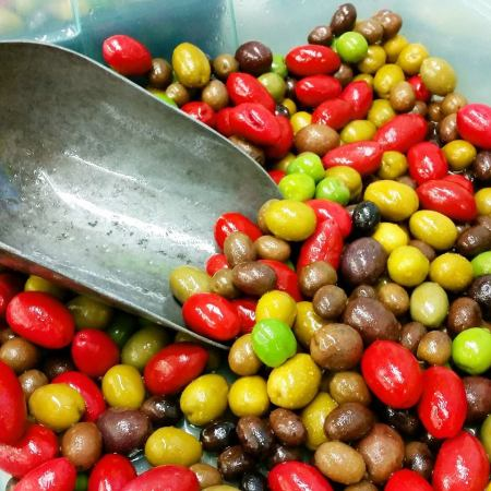 olives - red and green