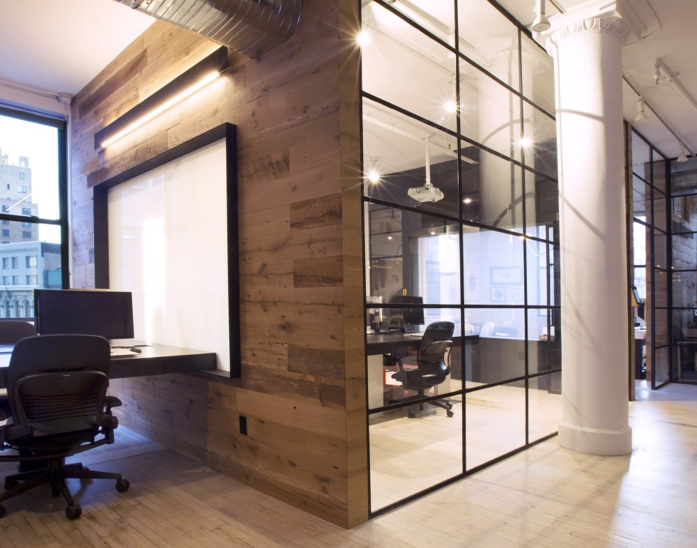 A fast growing Manhattan digital agency enlisted the firm's expertise in order to design their office space.