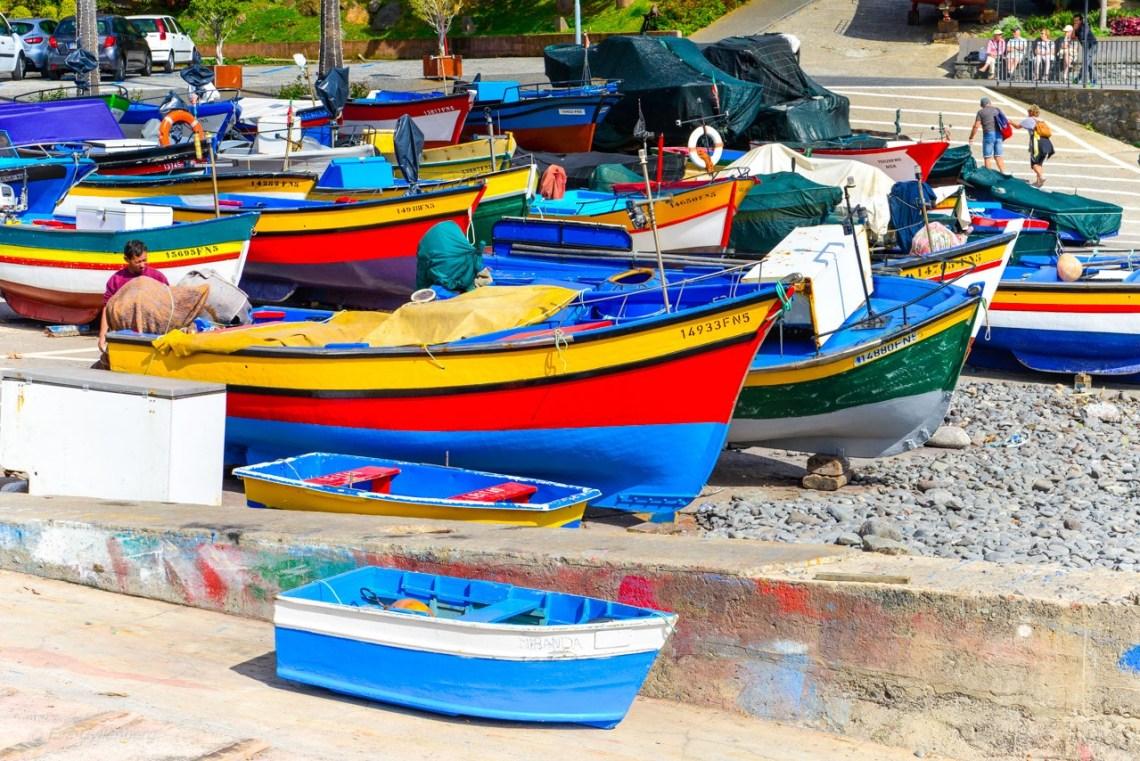 Fiskebåtar i Camara de Lobos