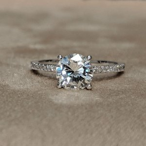 1 Carat Round Pave Engagement Ring