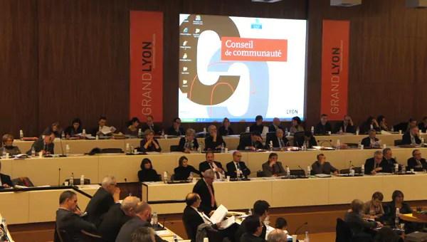 Chauffage urbain du Grand Lyon : un contrat de deux milliards d'euros et des questions