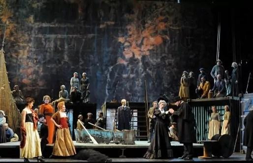 Peter Grimes, festival Benjamin Britten à l'Opéra de Lyon. Crédit : Jean-Pierre Maurin.