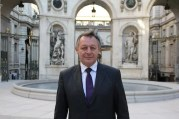 Thierry Braillard, à l'hôtel de ville de Lyon. Nommé par Manuel Valls secrétaire d'Etat aux Sports. © Pierre Maier