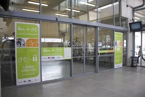 Parking vélo dans la gare de Jean Macé. crédit photo: Pierre Maier/Rue89Lyon