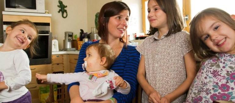 Mon maire ne veut pas de ma fille de 2 ans à l'école : je dois démissionner