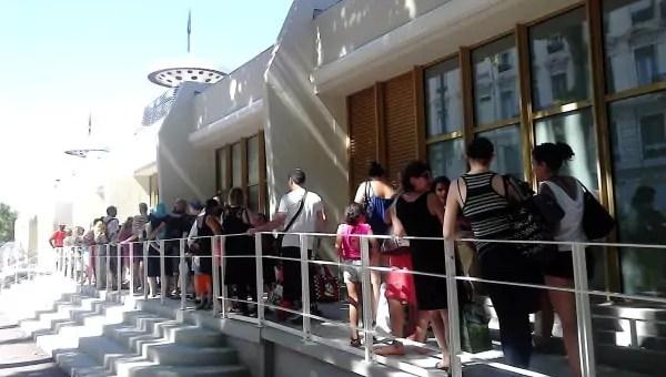 A la piscine du Rhône, les baigneurs se frottent aux nouveaux tarifs