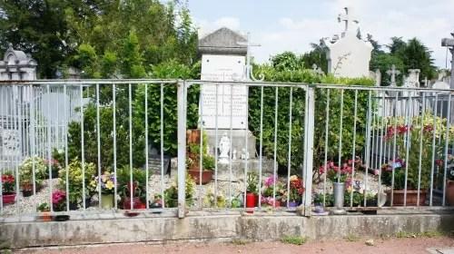 Tombe de Maître Philippe
