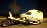 """Une camionnette de prostituée enlevée par la fourrière dans la ZAC """"Ampère Techsud"""" en novembre 2011."""