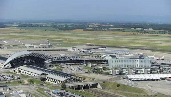 Ce que l'on sait de la course-poursuite surréaliste sur les pistes de l'aéroport Saint-Exupéry
