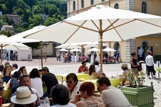 """Les Subsistances pendant le Festival Livraison d'été pour """"ouvrir le lieu au public"""". © Romain Etienne / item"""