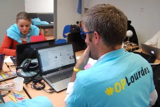 Tweetdeck, le meilleur ami des CM d' #OPLourdes © BE Rue89Lyon