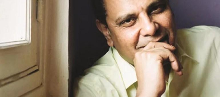 Alaa El Aswany : «Nous devons croire dans la clairvoyance de l'écrivain»