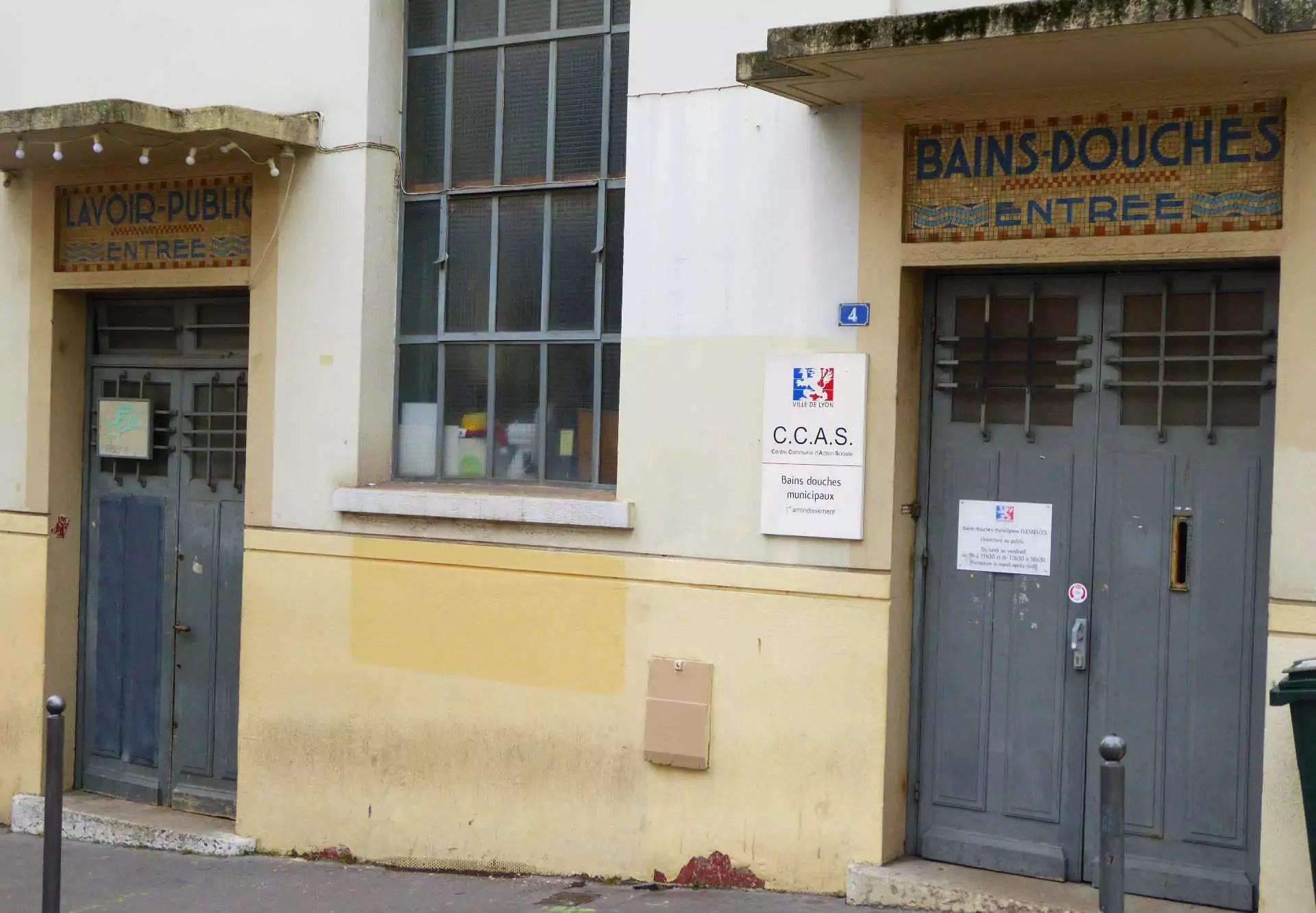 A Lyon, le site des bains douches est tenu par le CCAS