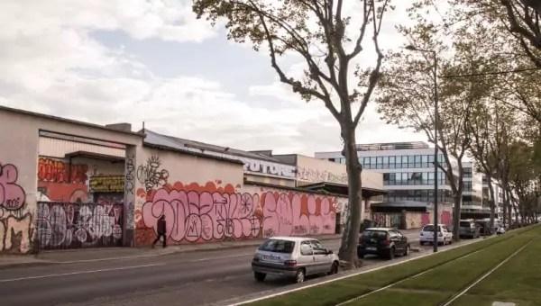 Menacés d'expulsion, les résidents du squat l'Oblik à Villeurbanne restent mobilisés
