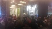 En tout, entre 40 et 50 personnes se sont rassemblées suite à l'appel du CNT-SO pour défendre les revendications des femmes de ménages chargées de nettoyer les toilettes du centre commercial de La Part Dieu.
