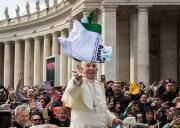 Le Pape François (avril 2016). Crédit : Franck Michel via Flickr (CC).