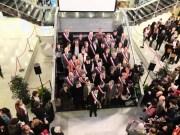 Les 42 élus de la majorité grenobloise à l'issue du conseil municipal d'installation, en avril 2014. ©VG/Rue89Lyon.