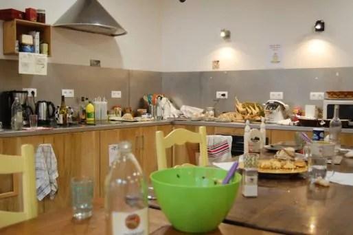 """Après le repas aux """"Petites cantines"""" à Vaise. Photo BE/Rue89Lyon"""