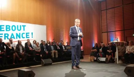 Nicolas Dupont-Aignan en meeting au Centre des congrès de Lyon le 8 avril 2017. Photo BE/Rue89Lyon