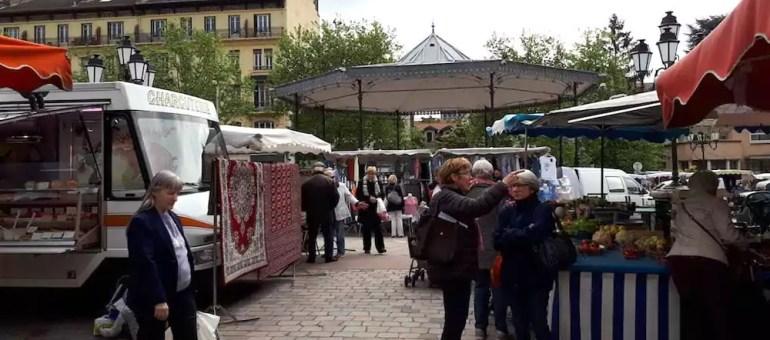 Voyage en Macronie, dans le quartier de Monplaisir à Lyon
