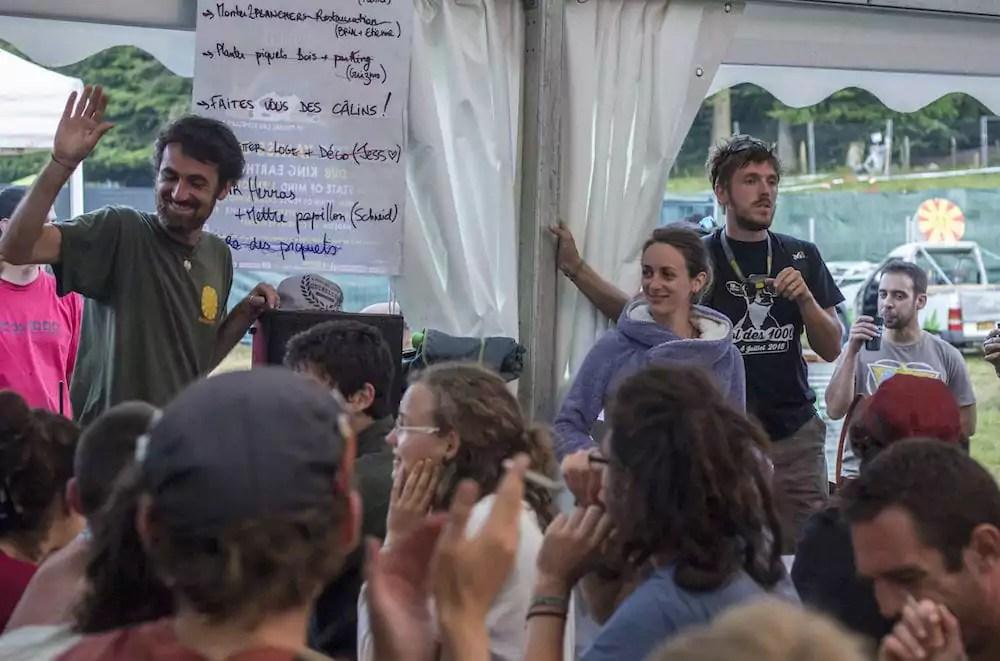 Une réunion de bénévoles du Col des 1000. A gauche sur la photo, Guillaume Giacchetto, le président de l'association organisatrice. ©Boris Mudler