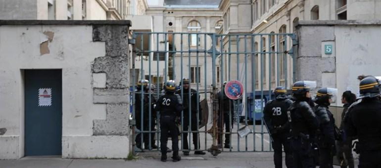 Lyon 2 : les occupants expulsés de l'université par les CRS