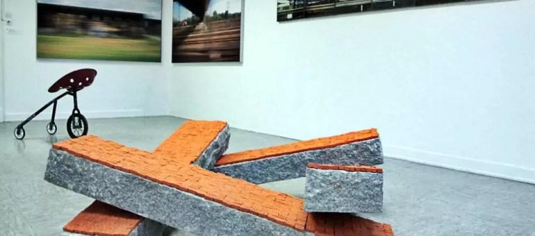 « Riding Riding », exposition d'art contemporain au Palais Universitaire