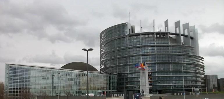 Manifestation pour la Syrie devant le Parlement européen le 18 avril