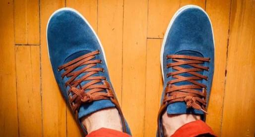 "Un modèle des chaussures solidaires ""Equal for All"" (photo : Jean-Loup Karst)"