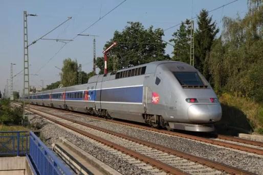 Un TGV Est (Photo Norbert Hüttisch / Wikimedia Commons / cc)