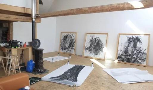 """Atelier de François Génot, """"Le Triangle des Bermudes"""" - exposition des Ateliers Ouverts en préparation (doc. remis)"""