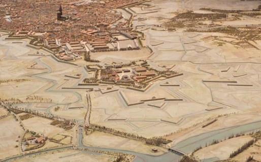 Entre Strasbourg et sa citadelle, une esplanade militaire - plan en relief 1830-1856 (Wikiwand)