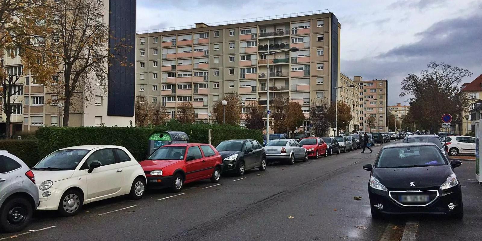 Stationnement : l'Esplanade et le Conseil des XV bientôt payants