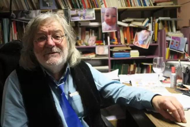 Conversation avec Roger Siffer dans son bureau de la Choucrouterie (Photo MB / Rue89 Strasbourg)