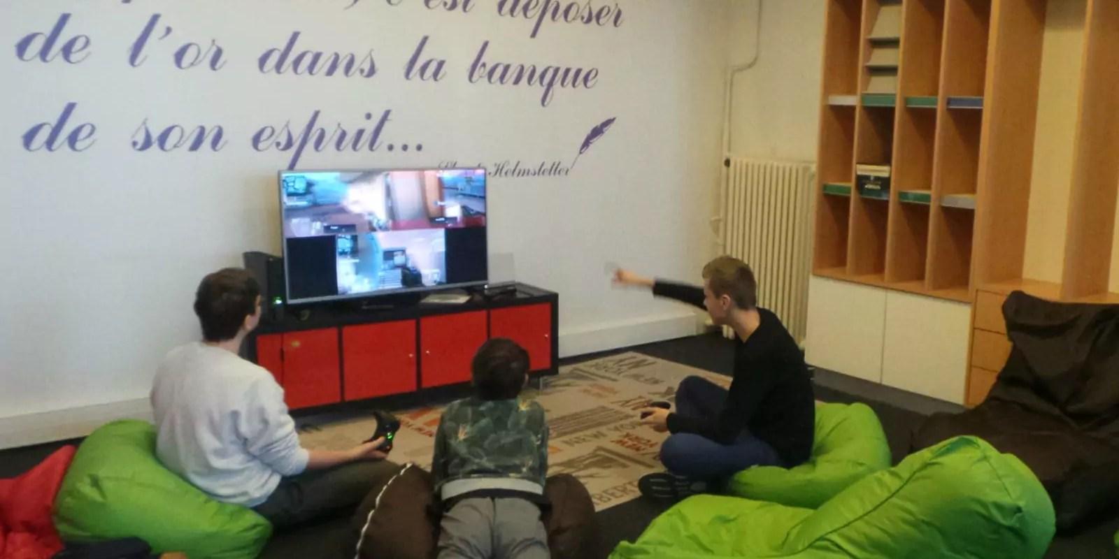 Avec ceux qui décrochent de l'école, repris par l'association Cours Singulier à Strasbourg