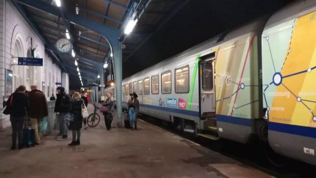 Des voyageurs ont été débarqués en gare de Sélestat (Photo CG / Rue89 Strasbourg)