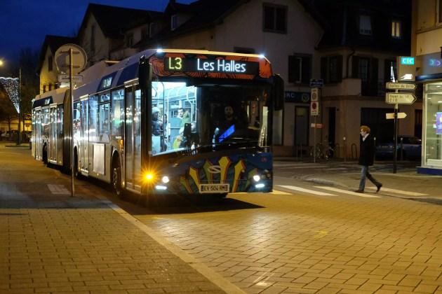 """Les """"lignes structurantes"""" de bus ont fait leur apparition à Schiltigheim en 2018. (photo Raphaël Da Silva / Rue89 Strasbourg)"""